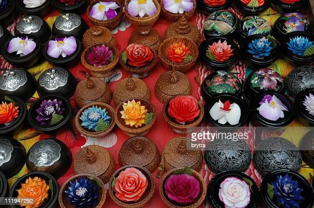 Hintergrund mit bunten handgefertigten Seifen, koh Samui, Thailand