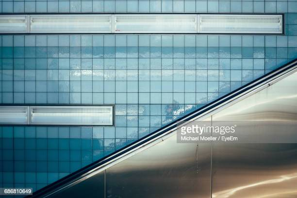 Backgrounds Of Subway Station Wall With Escalator