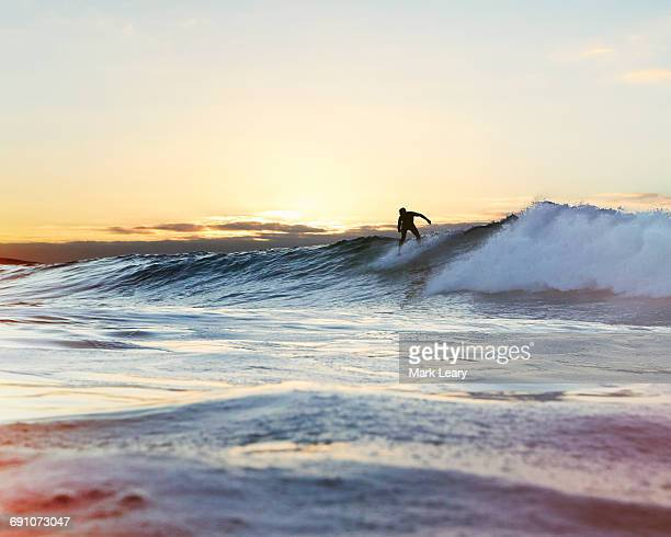 back-hand - surf stock pictures, royalty-free photos & images