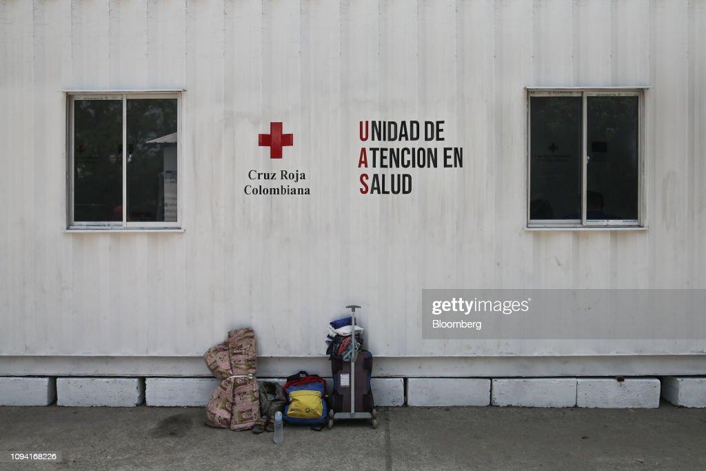 Border City Prepares To Receive Humanitarian Aid As Lima Group Calls On Venezuela Armed Forces To Allow Aid Through : Nachrichtenfoto