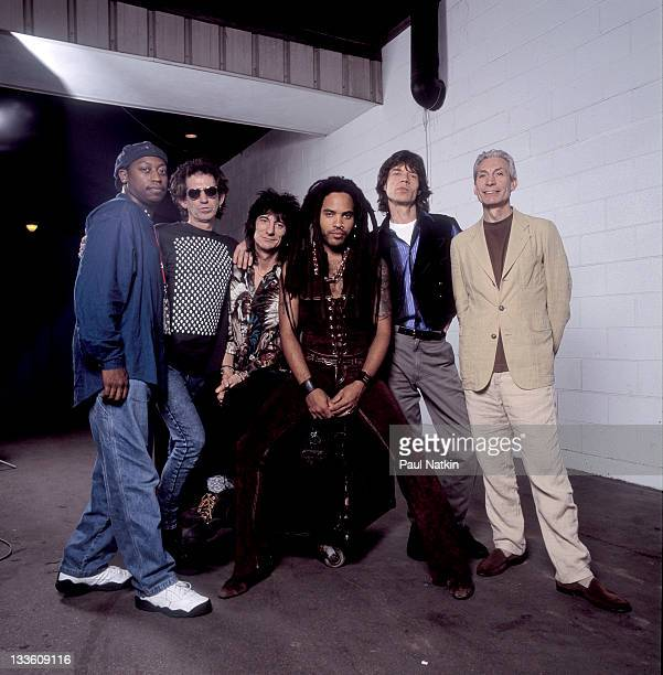 Backstage at the Rolling Stones' 'Voodoo Lounge' tour the Rolling Stones poses with Lenny Kravitz late 1994 Pictured are from second left Keith...