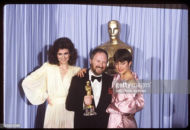 March 31 1981 ANTHONY POWELL BEST COSTUME DESIGN WINNER FOR 'TESS' WITH PRESENTERS SIGOURNEY WEAVER AND