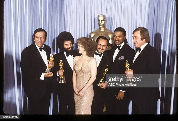 March 31 1981 PRESENTERS BERNADETTE PETERS AND BILLY DEE WILLIAMS WITH BEST SOUND WINNERS BILL VARNEY STEVE MASLOW GREGG LANDAKER AND PETER SUTTON...