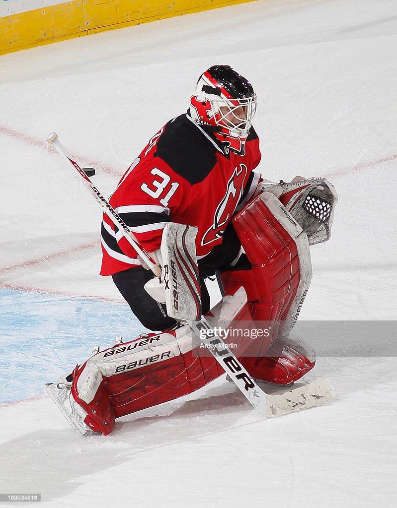 fe6fd29f09a Backup goaltender Jeff Frazee of the New Jersey Devils tends net ...