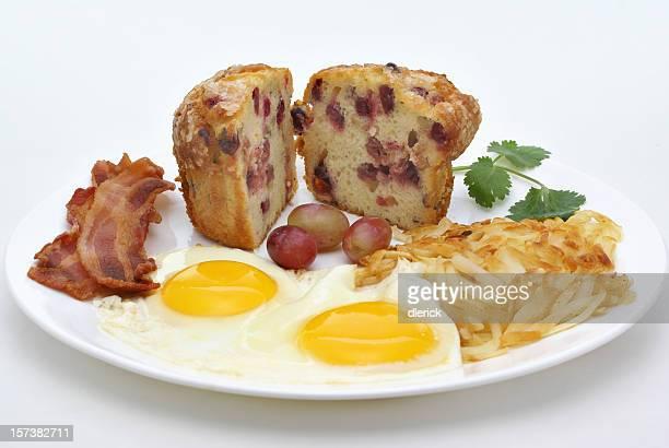 Tocino y huevos placa de desayuno