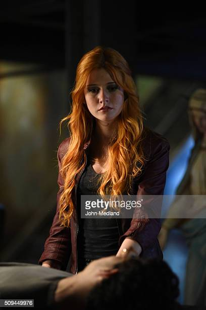 SHADOWHUNTERS Bad Blood Alec and Clary are forced to make some hard decisions in Bad Blood an allnew episode of Shadowhunters airing Tuesday March...
