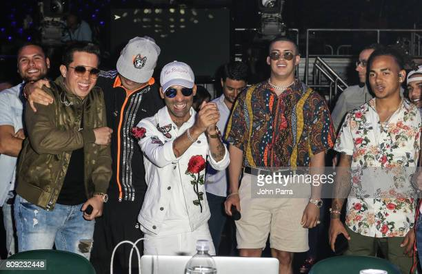 Bad Bunny De la Ghetto Arcangel Ozuna and Wisin backstage during Univision's 'Premios Juventud' 2017 Celebrates The Hottest Musical Artists And Young...