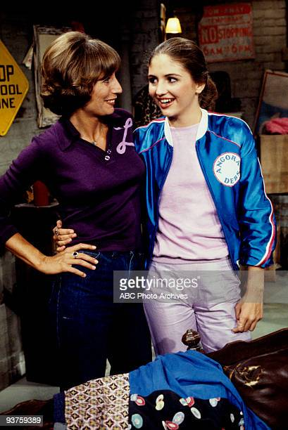 LAVERNE SHIRLEY Bad Girls 11/8/79 Penny Marshall Tracy Reiner