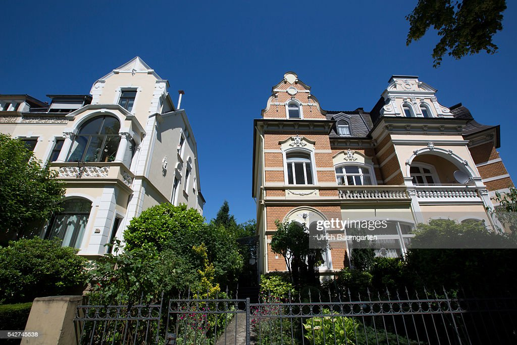 Bad Godesberg-Townscape, villas in the Rheinallee. Pictures | Getty ...