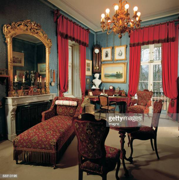Bad Ischl Imperial mansion adapted for Emperor Franz Joseph I and Empress Elisabeth from 18541865 The Emperors study with desk [Bad Ischl Kaiservilla...