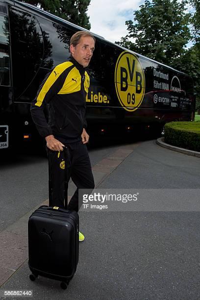 Bad Ragaz, Schweiz , Trainingslager BV Borussia Dortmund, BVB, ankunft der Mannschaft, Trainer Thomas Tuchel