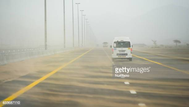 A bad weather in Dubai continues today with sandstorms and crosswinds On Friday 3rd February in Dubai UAE