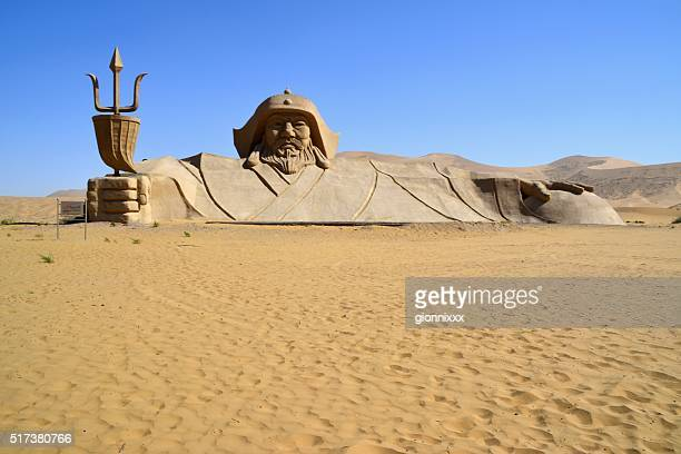 badain jaran desert, inner mongolia, china - genghis khan stock pictures, royalty-free photos & images