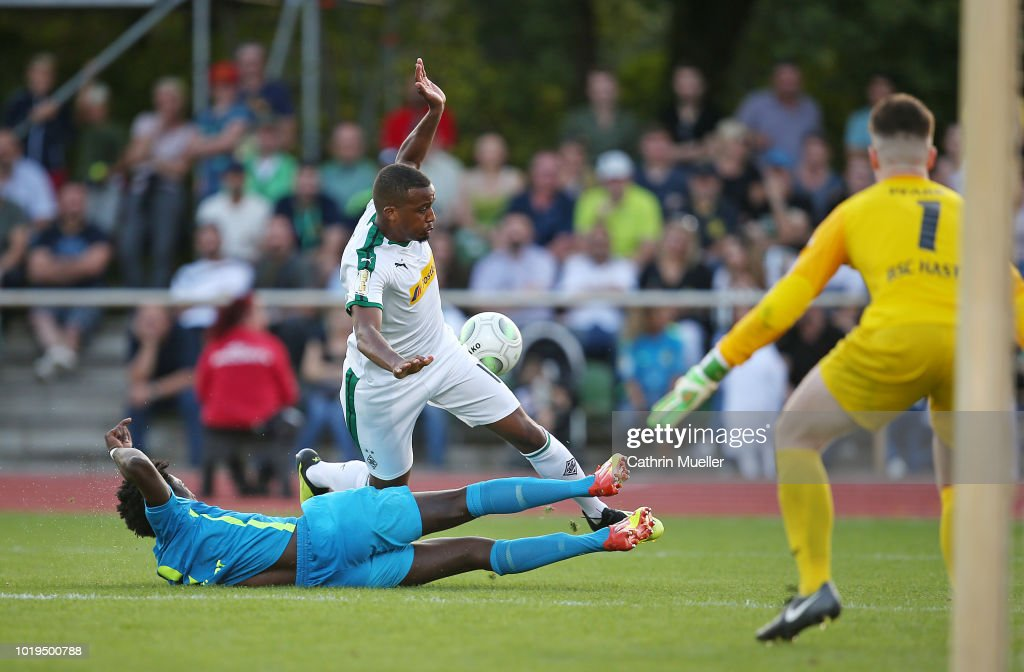 BSC Hastedt v Borussia Moenchengladbach - DFB Cup