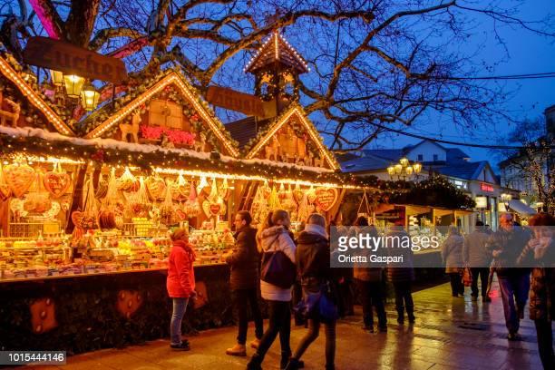 baden-baden, weihnachtsmarkt (baden-württemberg, deutschland) - baden baden stock-fotos und bilder