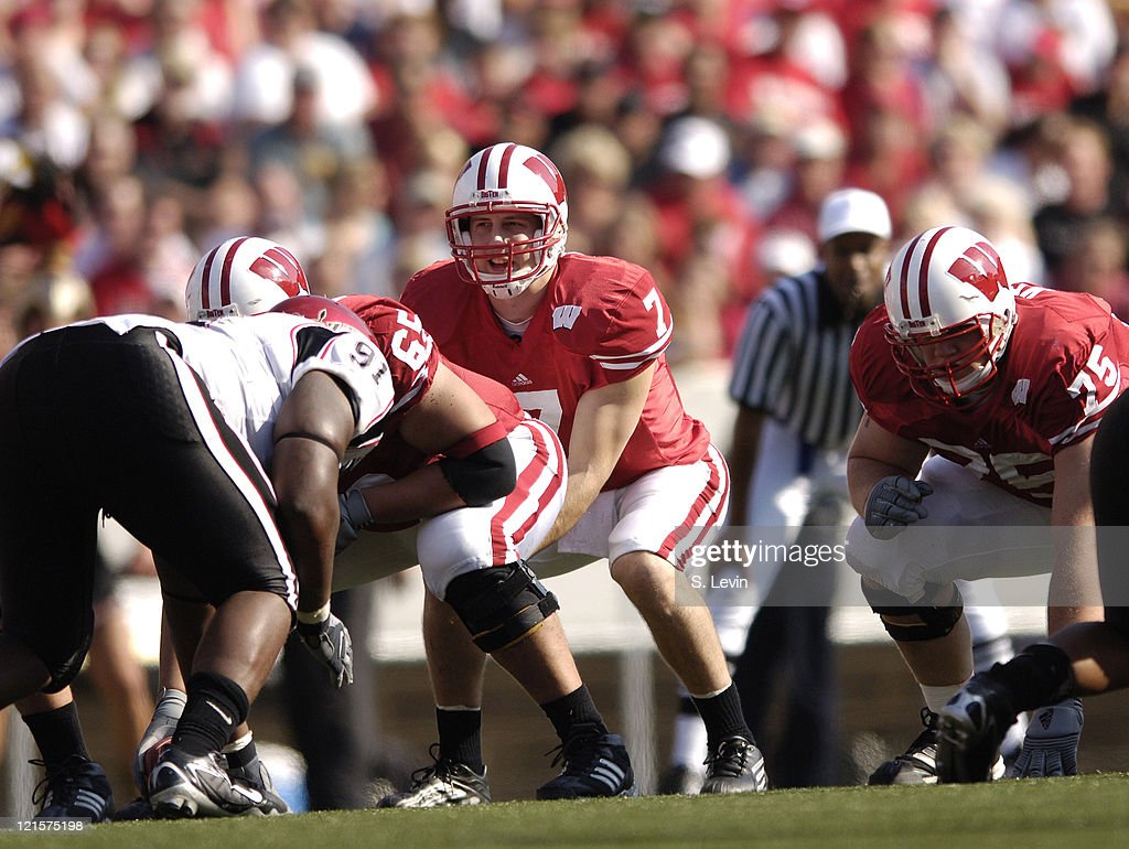 Badger Quarterback John Stocco During The Game Between Wisconsin