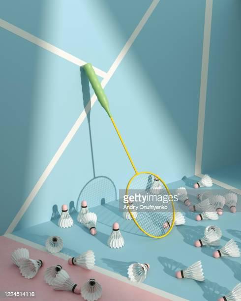 badminton spotlighted - trefferversuch stock-fotos und bilder