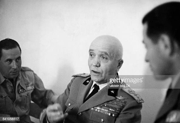 Badoglio Pietro *28091871Offizier I während eines Aufenthaltes in Libyenals Gast von Generalgouverneur Italo Balbo wohl Anfang 1939