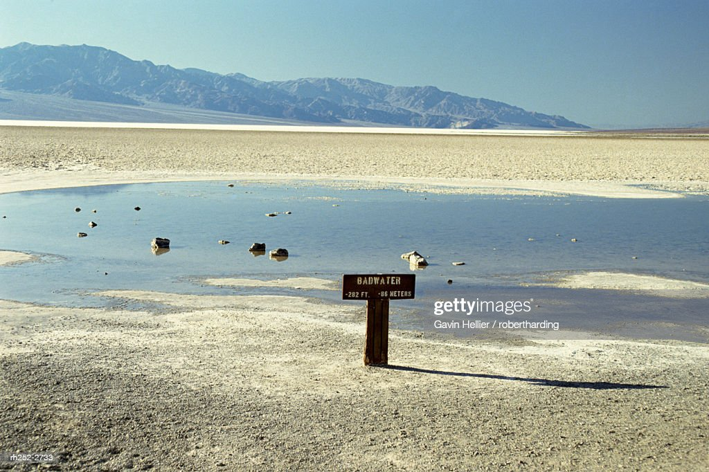 Badwater, lowest point in the U.S.A., Death Valley, California, United States of America (U.S.A.), North America : Foto de stock