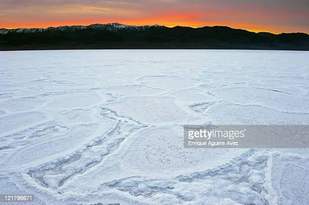 badwater salt flats at sunset, death valley national park, california, usa - endorheic_basin ストックフォトと画像