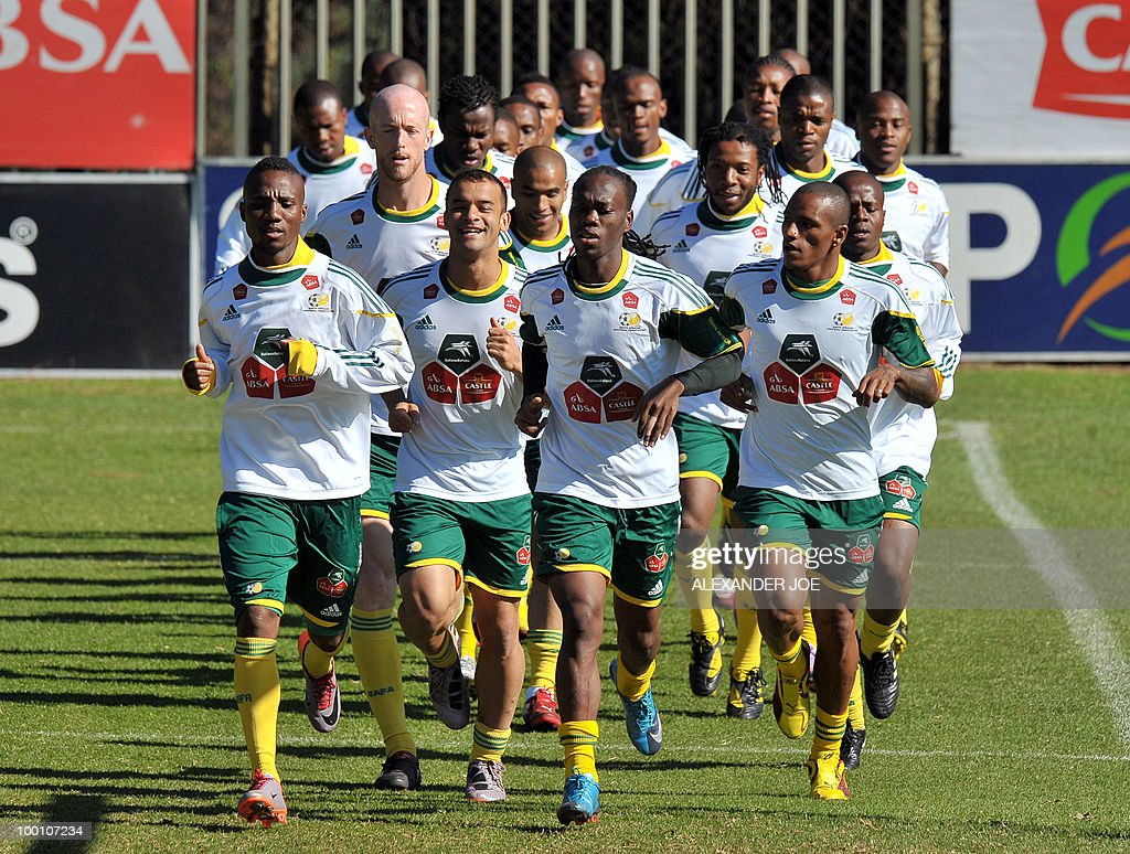 Bafanas Bafanas (The Boys, nickname of the South African national football team) run during a training session in Johannesburg on May 20, 2010. South Africa occupy Group A with former winners France as well as Uruguay and Mexico, all top-20 national teams in the latest rankings from world rulers FIFA.