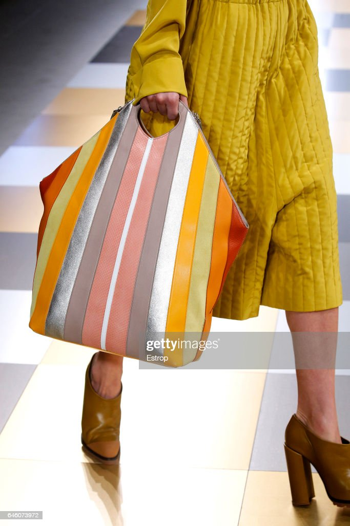 Jil Sander - Details - Milan Fashion Week Fall/Winter 2017/18 : News Photo
