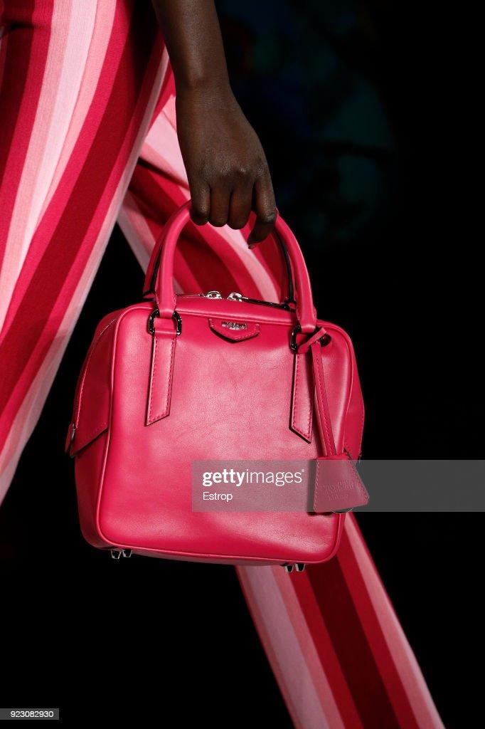 Moschino - Details - Milan Fashion Week Fall/Winter 2018/19 : Nachrichtenfoto