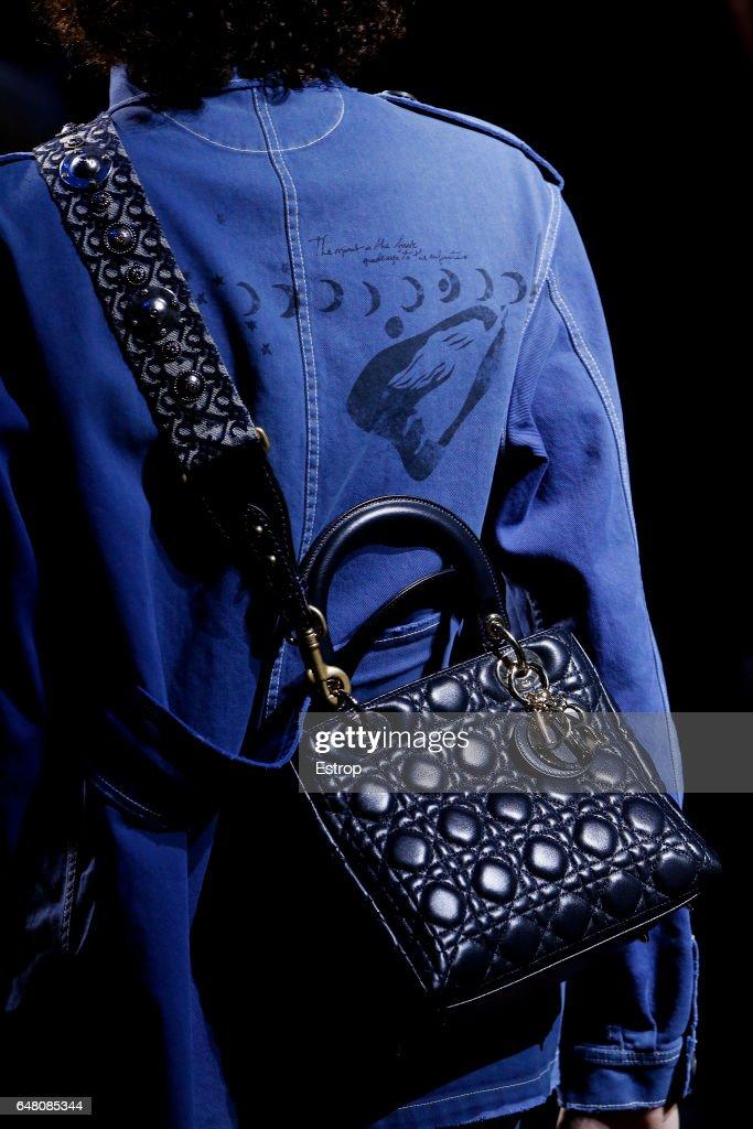 Christian Dior : Details - Paris Fashion Week Womenswear Fall/Winter 2017/2018 : News Photo