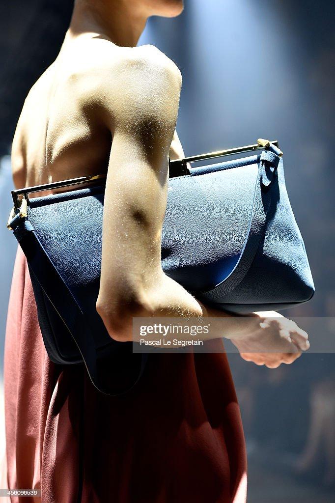 Lanvin : Runway - Paris Fashion Week Womenswear Spring/Summer 2015 : News Photo