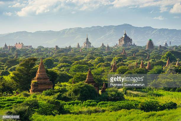 bagan ancient city pagodas and monastery, mandalay, myanmar - ミャンマー ストックフォトと画像