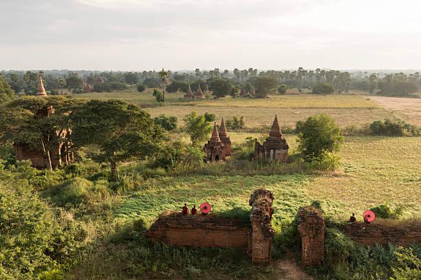 Bagan, Buddhist monks sitting amongst ruins