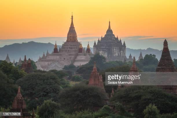 bagan pagoda field before sunset, bagan, myanmar - バガン ストックフォトと画像