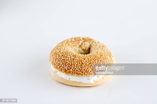 bagel - cream cheese stock pictures, royalty-free photos & images