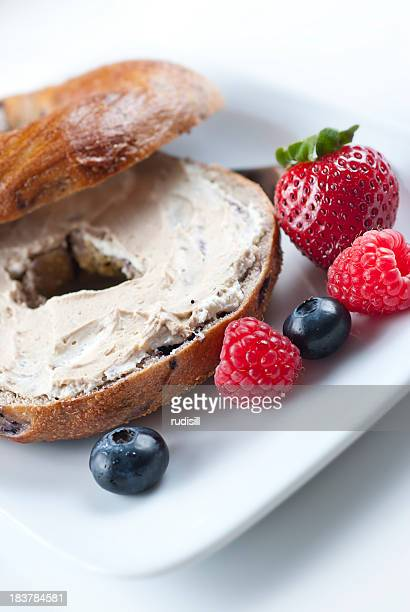 Bagel with Berries