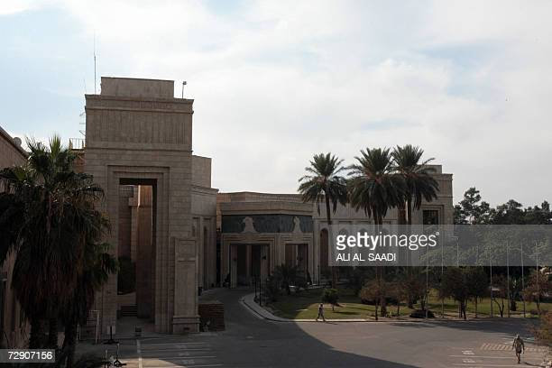 TO GO WITH STORY BY PATRICK FORT Two US soldiers walk around ousted Iraqi dicator Saddam Hussein's former presidential palace Palace of the...