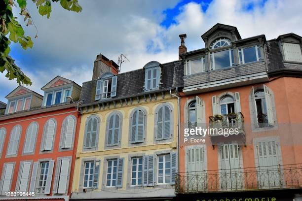 bagnères-de-bigorre, old houses - bagneres de bigorre stock pictures, royalty-free photos & images
