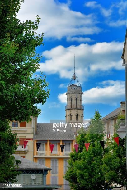 bagnères-de-bigorre - バニェールドビゴール ストックフォトと画像