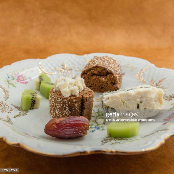Baguette, Roquefort, kiwi and date.