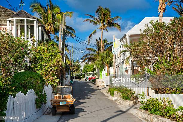 bahamas, harbour island, street in dunmore town - ハーバー島 ストックフォトと画像