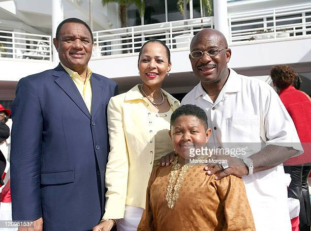 Bahamas Prime Minister Perry Christie his wife Bernadette actor Emmanuel Lewis and Willie Gary at Gary's manision during a Gospel Brunch