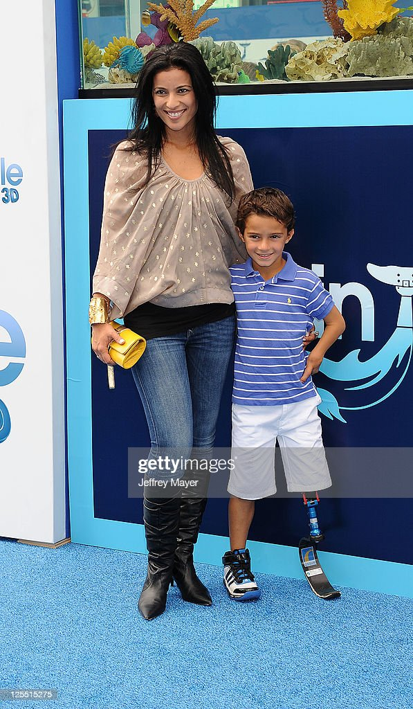 Bahar Soomekh and son Ezra attend the 'Dolphin Tale' Los Angeles Premiere at Mann Village Theatre on September 17, 2011 in Westwood, California.