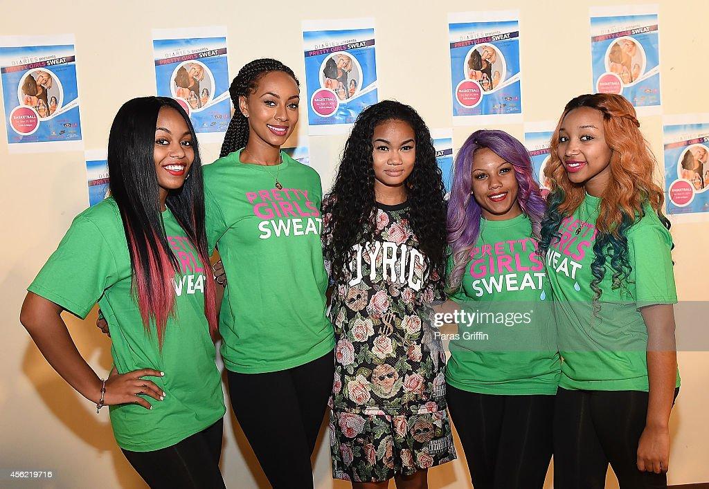 Pretty Girls Sweat Event : News Photo