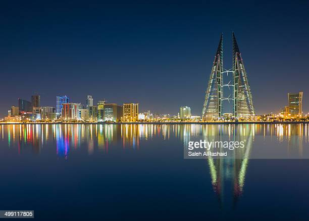 bahrain manama reflection - manama stock pictures, royalty-free photos & images