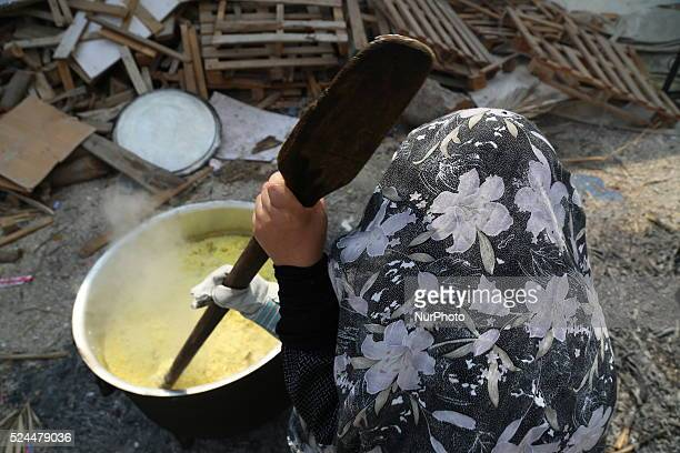 traditional cooking in Ashura season Keen a lot of areas in Bahrain to maintain the old method of cooking tables Ashura season as you place the pots...