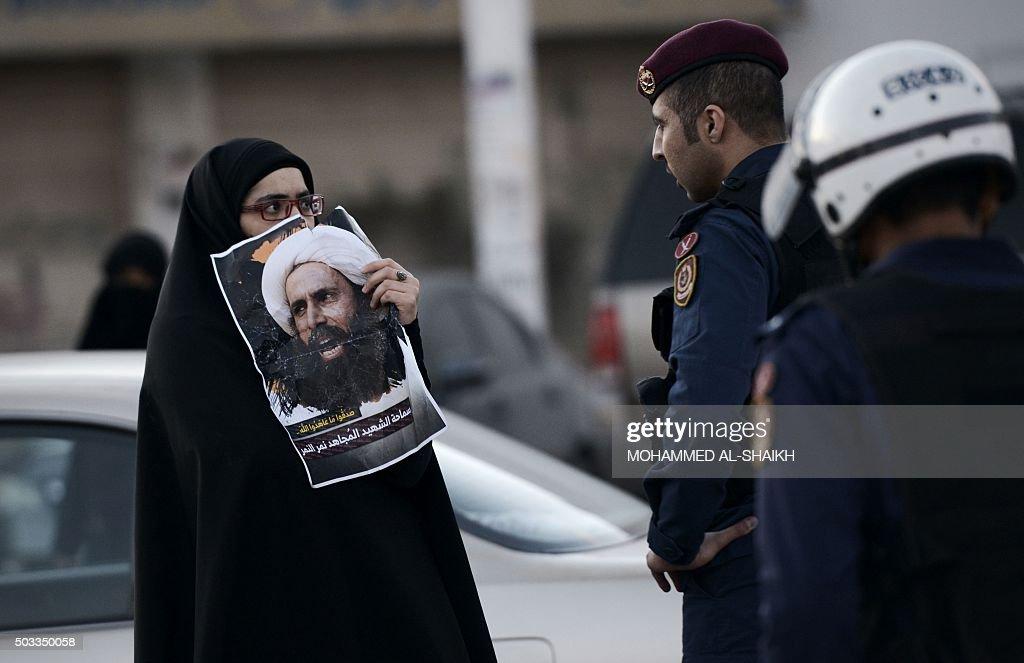 TOPSHOT-BAHRAIN-SAUDI-EXECUTION-DEMO : News Photo