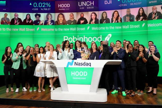 NY: Robinhood Markets IPO Listing Day