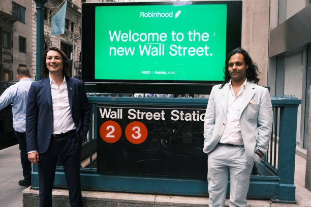 NY: Stock Trading Platform Robinhood Goes Public On The New York Stock Exchange