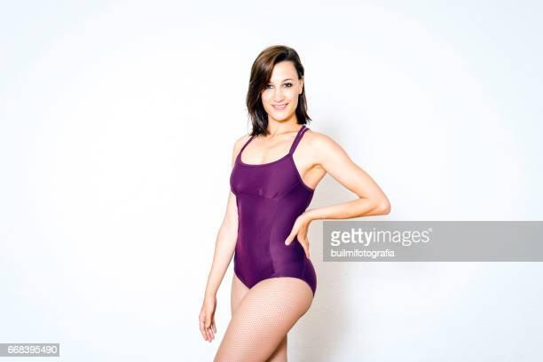 bailarina - mujeres fotos stockfoto's en -beelden