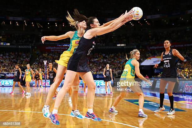 Bailey Mes of New Zealand is challenged by Laura Geitz of the Diamonds during the 2015 Netball World Cup match between Australia and New Zealand at...