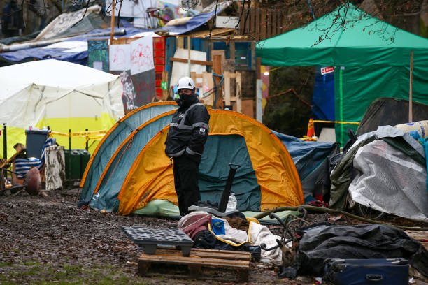 GBR: HS2 High-Speed Rail Line Protesters Evicted From Camp
